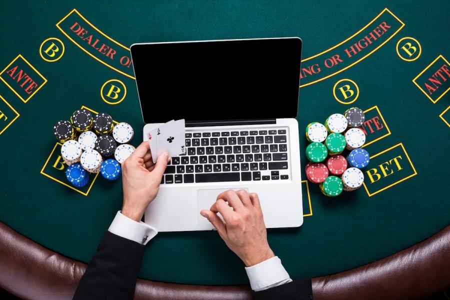 Закон о рекламе онлайн казино пограбування казино онлайн